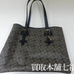 【買取相場10,000~15,000円】CELINE(セリーヌ) マルシェ トートバッグをお買取致しました。
