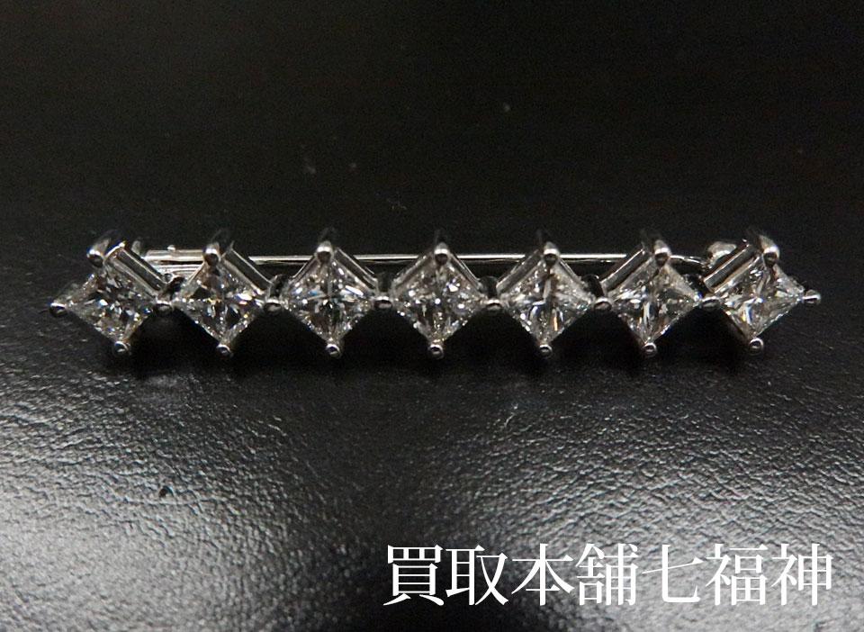 K18WGダイヤモンドブローチ2.33ct